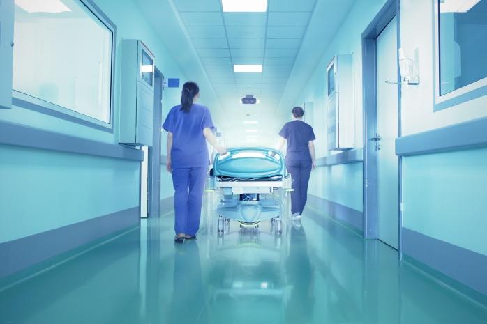 Corredor-de-hospital.jpg
